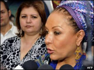 A senadora colombiana Piedad Córdoba durante entrevista (AFP)