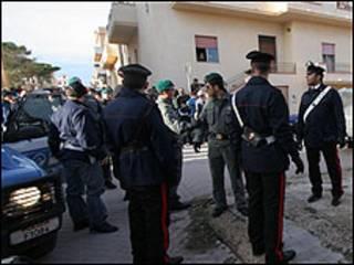 Projeto de lei não prevê prisão de imigrantes ilegais