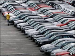 Carros em fábrica automotiva do ABC paulista (arquivo)