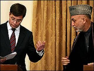 حامد کرزی و بالکننده نخست وزیر هلند