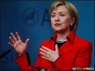 A secretária de Estado americana, Hillary Clinton, durante discurso na Asia Society (Getty Images)
