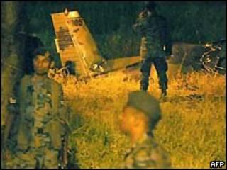 یکی از هواپیماها در نزدیکی فرودگاه بین المللی کلمبو ساقط شد
