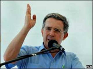 Álvaro Uribe  (arquivo)
