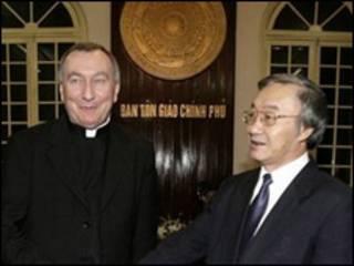 Thứ trưởng Ngoại giao Vatican Pietro Parolin và Trưởng ban Tôn giáo Chính phủ Nguyễn Thế Doanh