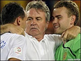Guus Hiddink và các cầu thủ
