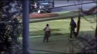 लाहौर में बस पर हमला