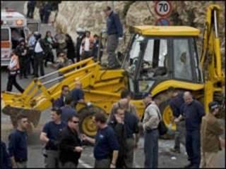 Escavadeira envolvida em acidente em Jerusalém Ocidental