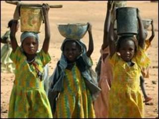 اردوگاه آوارگان فارچانا در دارفور