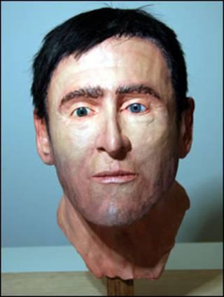 polícia reconstituiu rosto em cera para tentar identificar homem morto