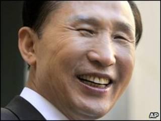 O presidente da Coreia do Sul, Lee Myung-bak