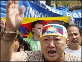 Người biểu tình ủng hộ tự do cho Tây Tạng