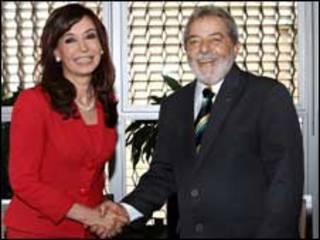 A presidente argentina, Cristina Kirchner, e o presidente Luiz Inácio Lula da Silva
