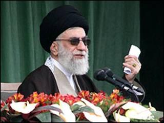 آیت الله خامنه ای رهبر ایران