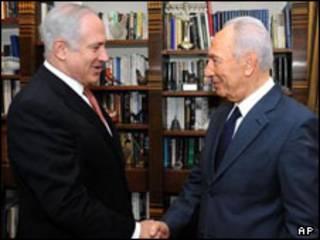 پرز (راست) با نتانیاهو