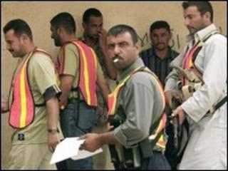 اعضای یکی از شوراهای بیداری در عراق