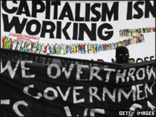 Protesto em Londres às vésperas do encontro do G20