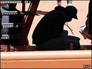 یکی از مسافران قایق