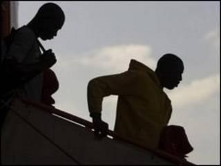 Imigrantes africanos na Espanha (arquivo)