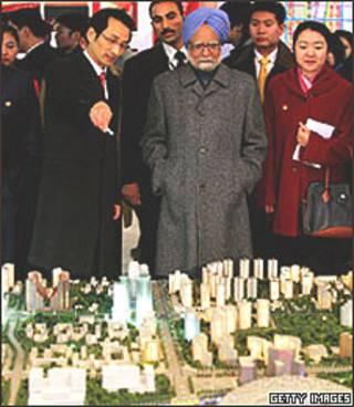 O premiê Manmohan Singh em visita à China em janeiro de 2008