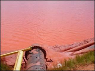 Bùn đỏ từ khai thác bauxite