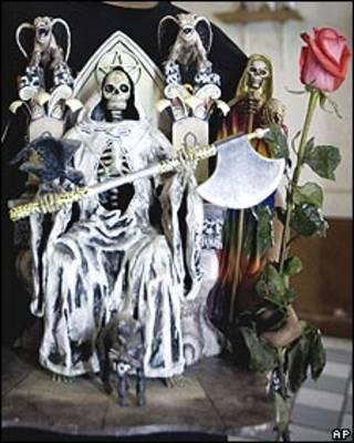 Representación de la Santa Muerte