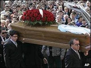 Funeral de vítimas de terremoto na Itália