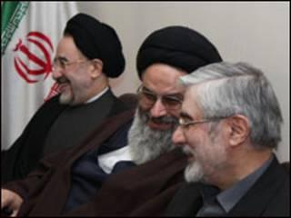 موسوی در جلسه مجمع روحانیون مبارز-عکس از سایت مجمع