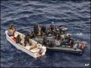 EUA querem ampliar patrulhamento de áreas onde há piratas