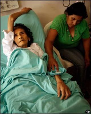 Mujer enferma de dengue en Argentina