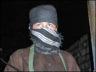 Militante del Talibán en Pakistán