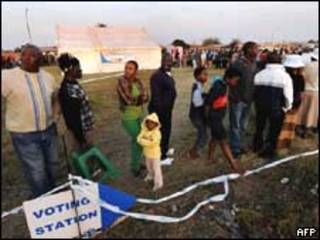 Eleitores sul-africanos