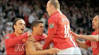 Man Utd ăn mừng