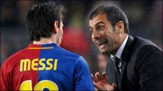 Messi (trái)
