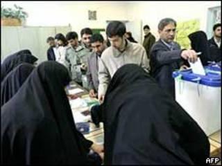 عکس آرشیوی از انتخابات مجلس