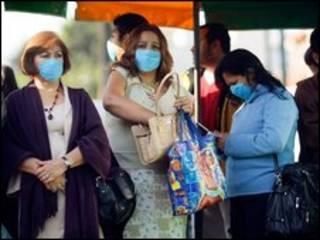 نگرانی از آنفلوآنزا  زندگی را در مکزیک به حال تعطیل در آورد