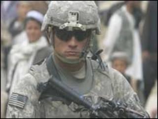 جندي من القوات الدولية