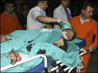 ferido é levado para hospital na Turquia