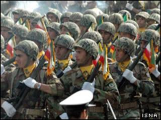 رژه نیروهای ارتش ایران