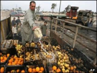 انفجار در بازار میوه و سبزی الدوره - آرشیو