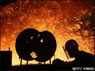 Imagen de archivo de una factoría de acero en China.