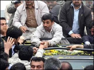احمدی نژاد در  قزوین - عکس از خبرگزاری فارس