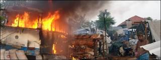 Imagen del distrito de Mullaittivu, en Bangladesh, tras enfrentamientos entre el ejército y los rebeldes Tigres Tamiles. Foto sacada de Tamilnet.com y tomada el 10/05/09