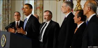 El presidente de EE.UU. secundado por representantes del sector salud