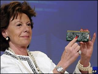 Neelie Kroes, Comisionada de Competencia de la Unión Europea.