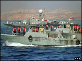 تصویری از یک ناوگروه نیروی دریایی ایران در آبهای اقیانوس