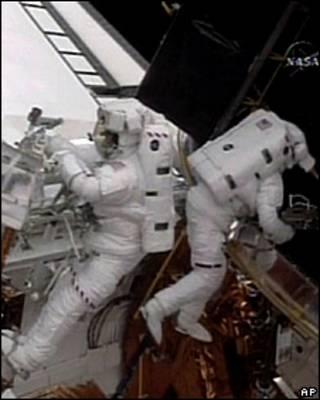 Reparación del telescopio espacial Hubble