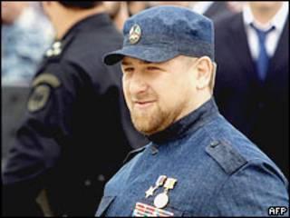 На адресу Рамзана Кадирова лунають звинувачення у вбивстві правозахисників, які він відкидає