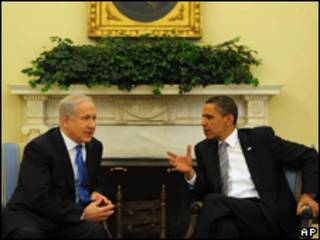 O primeiro-ministro de Israel, Binyamin Netanyahu, e o presidente dos Estados Unidos, Barack Obama, em encontro em Washington