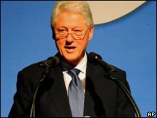 O ex-presidente americano Bill Clinton durante discurso em conferência na Coreia do Sul nesta segunda-feira (AP)