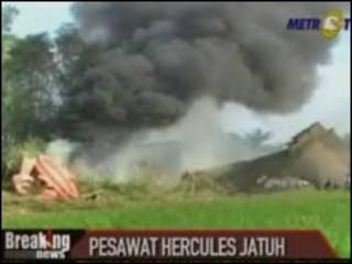 Acidente de avião na Indonésia
